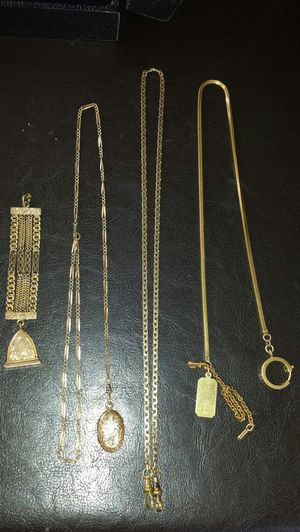 Huge lot of key fob chains lockets gold and gold filled for Sale in Beachwood, NJ