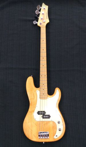 Johnson by AXL 4 String Electric Bass Guitar no case (19-1720) for Sale in Laurel, MD