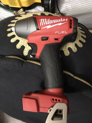 Milwaukee m18 fuel 3/8 impact wrench for Sale in Garden Grove, CA
