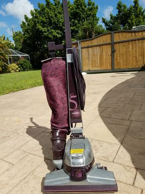 Kirby G5 Vacuum for Sale in Palmetto Bay, FL