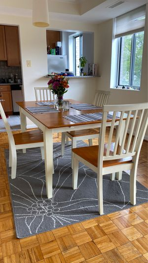 Table and chairs for Sale in Bethesda, MD