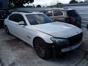 2012 Bmw 750LI PARTS for Sale in Houston, TX