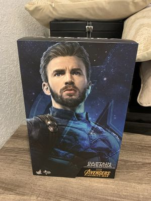Hot toys Captain America for Sale in Miami, FL