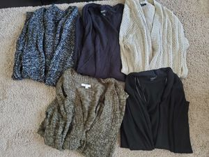 Name brand cardigan bundle for Sale in Niederwald, TX