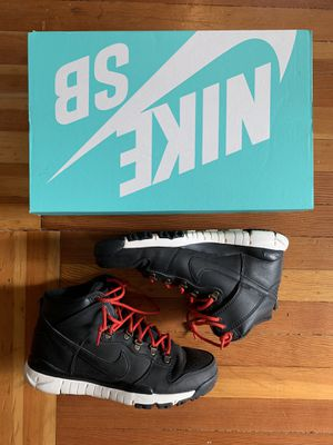 NIKE SB Dunk HIGH Boot Mens Boots 10.5 Black for Sale in Portland, OR