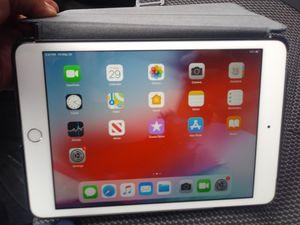 Mini apple ipad 32gb + cellular for Sale in Cottonwood Heights, UT