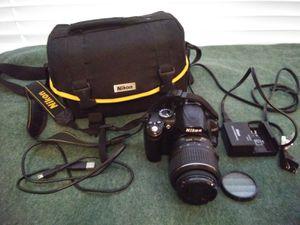 Nikon D3000 plus case for Sale in Aloma, FL