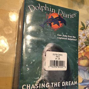 Dolphin Diaries Book Series! for Sale in Diamond Bar, CA