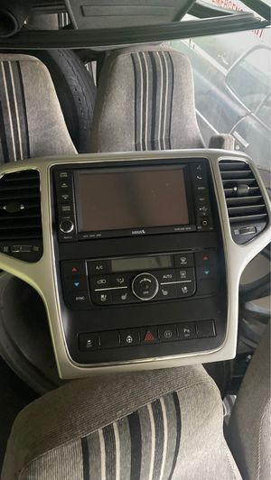Jeep Grand Cherokee parts for Sale in Opa-locka, FL