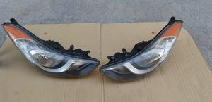 2011-2013 HYUNDAI ELANTRA HEAD LIGHTS OEM for Sale in Los Angeles, CA