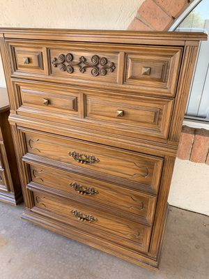 vintage AMERICAN OF MARTINSVILLE chest for Sale in Tempe, AZ