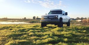 93 Chevy Silverado 2wd for Sale in Ceres, CA