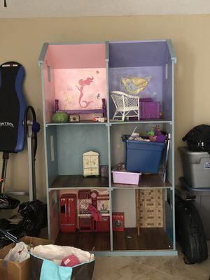 Homemade large doll house with lots of accessions l. I have bins and bins of doll toys! for Sale in Port St. Lucie, FL