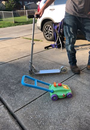 Razor Scooter & Toddler Toy for Sale in Holmes, PA