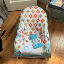 Fisher Price Virbrating Infant To Toddler Rocker Chair for Sale in Baltimore,  MD