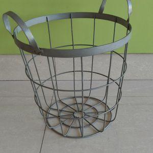 Basket for Sale in Hollywood, FL