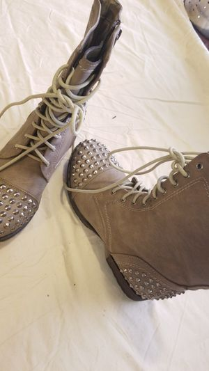 Tanish boots for Sale in Tacoma, WA