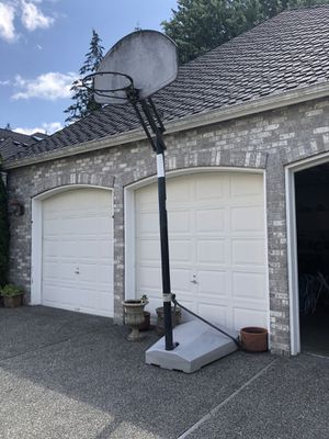 Basketball hoop for Sale in Sammamish, WA