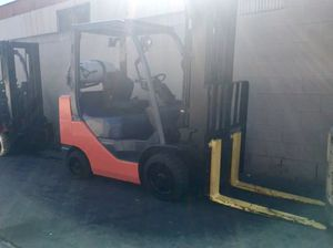 Toyota Forklift Truck for Sale in Los Angeles, CA