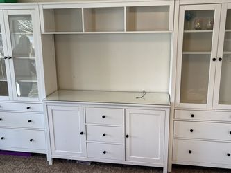 Wall Unit for Sale in Vancouver,  WA