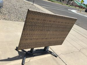 """FOLDABLE AND PORTABLE TABLE FIBER 32""""X48"""" IN GREAT CONDITION for Sale in Glendale, AZ"""