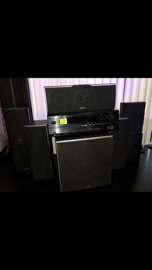 7.1 Onkyo Surround System (Receiver, Front speakers, Center channel, Surround side channel, Surround back channel and Powered subwoofer). for Sale in Chicago, IL