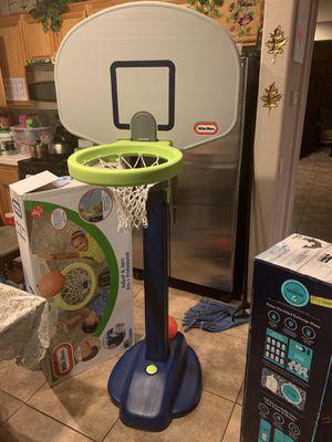 Kids basketball hoop for Sale in Moreno Valley, CA