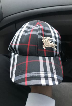 burberry hat for Sale in Miami, FL