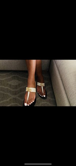Gucci sandals worn once size 6 1/2 for Sale in San Tan Valley, AZ