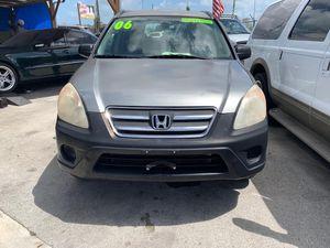 2006 Honda CR-V. for Sale in Miami, FL