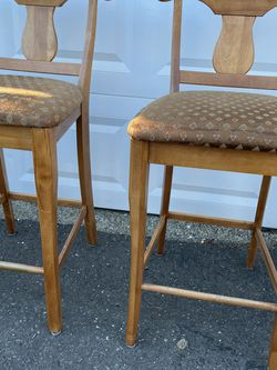 Counter Stools for Sale in Milford,  CT