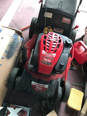 Troy built lawn mower for Sale in Woonsocket, RI