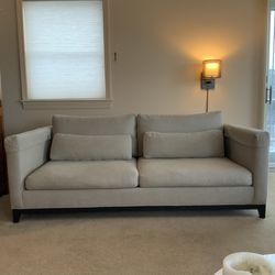 Sofa - Crate & Barrel - Taraval Apartment Collection Couch for Sale in Braintree,  MA