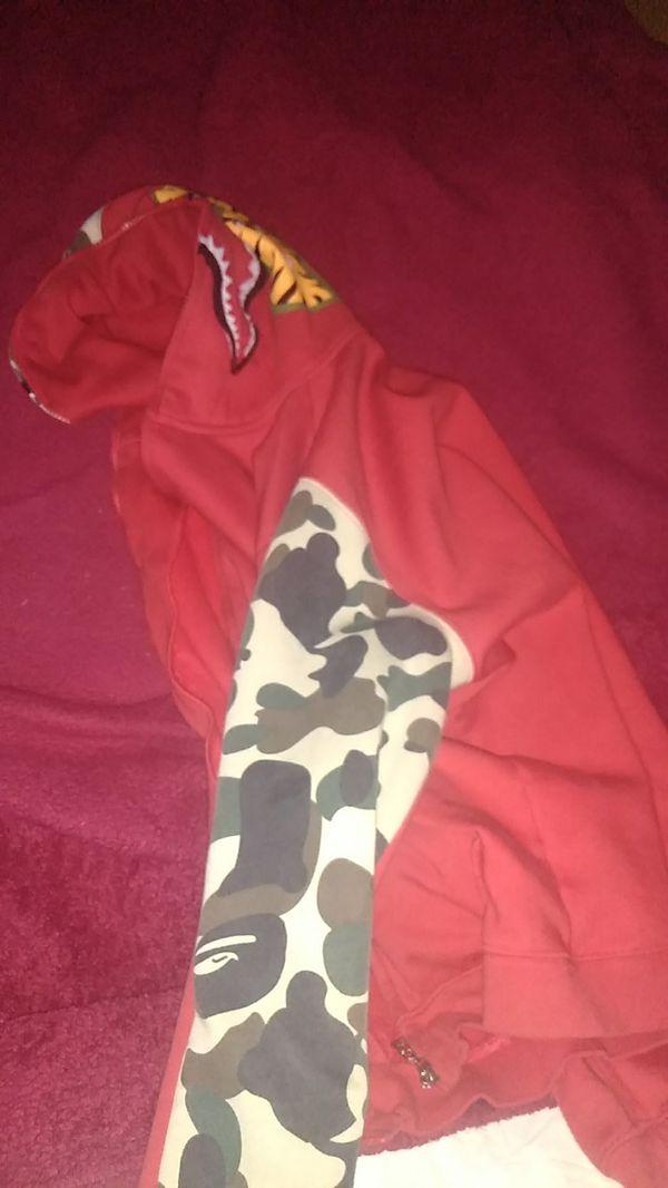 Bape jacket ( not authenticate)