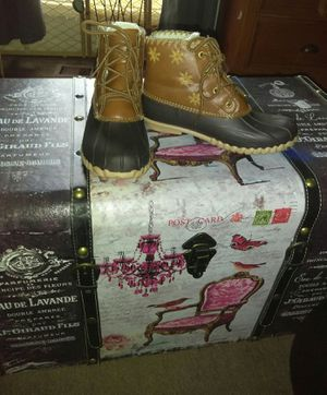 Girls outwood kids boots sz 3 for Sale in Gallatin, TN