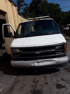 Chevy express 1500 año 2000 for Sale in Norcross, GA