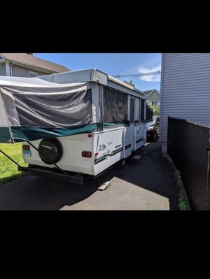 SOLD 04 Fleetwood Sequoia 14ft box closed . for Sale in Yalesville, CT
