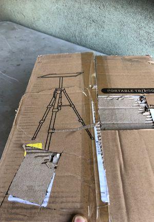 Portable tripot for Sale in San Fernando, CA