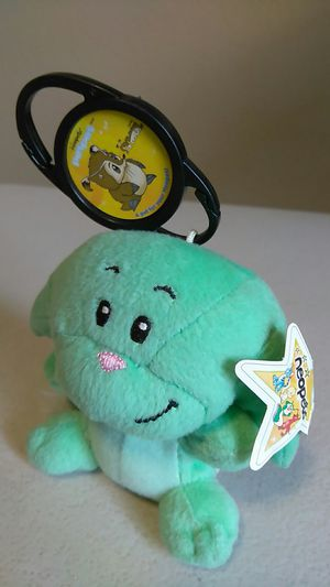 NEO PET PETPET, GREEN KACHEEK PLUSHIE for Sale in Calexico, CA