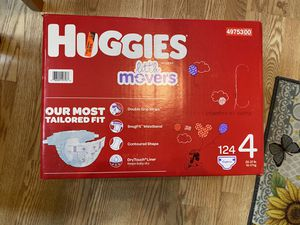 Huggies Diapers size 4. 124 diapers in a never opened box. for Sale in Staten Island, NY