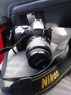 Nikon d40 digital camera for Sale in Roy, WA