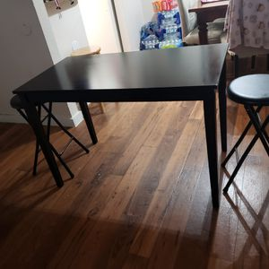 Table with 2 stools for Sale in Webster, TX