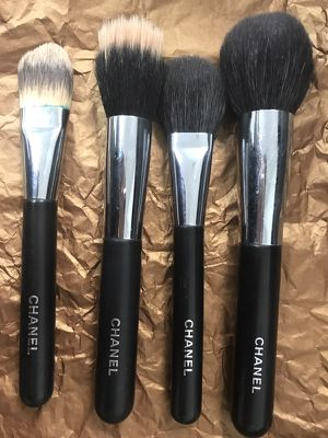 CHANEL makeup brushes paid over $200 for all. Take for only $145 for Sale in Doral, FL
