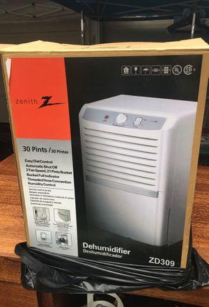 Zenith 30 pint 2 speed dehumidifier for Sale in Portland, OR