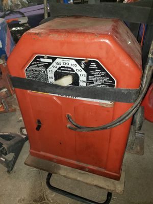 Lincoln buzz box welder 225amp for Sale in Scottdale, PA