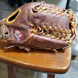 "Nokona 12.75"" Softball Baseball Glove for Sale in Carmichael, CA"