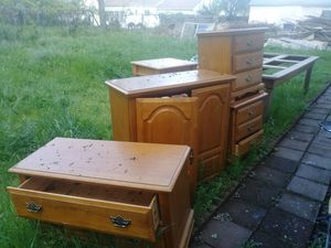 Bedroom set new excellent condition for Sale in Carmichael, CA