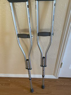 Crutches for Sale in Fresno,  CA