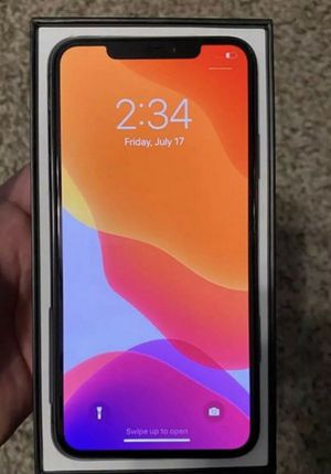 UNLOCK iPhone 11 pro Max for Sale in Adger, AL