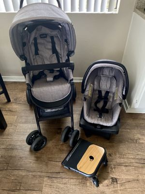 Stroller and car seat for Sale in DEVORE HGHTS, CA